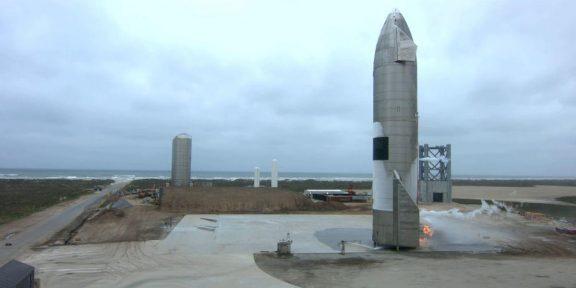 Прототип корабля SpaceX для полётов на Марс впервые совершил успешную посадку