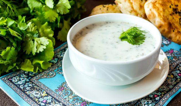 Довга — освежающий суп для жаркого дня