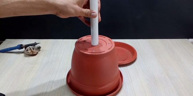 Как сделать фонтан своими руками: обведите трубку