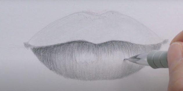 Как нарисовать губы: заштрихуйте нижнюю губу
