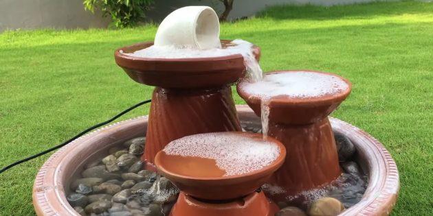 Каскадный фонтан из глиняных вазонов своими руками