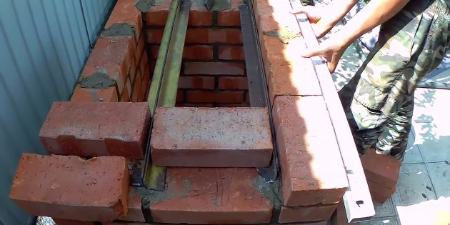Как сделать мангал из кирпича своими руками: сделайте арки и перекрытие
