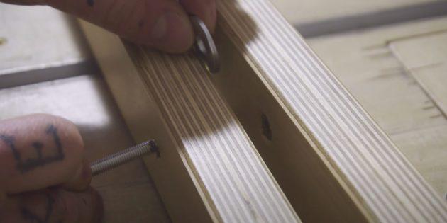 Как сделать шезлонг на колёсиках из доски своими руками