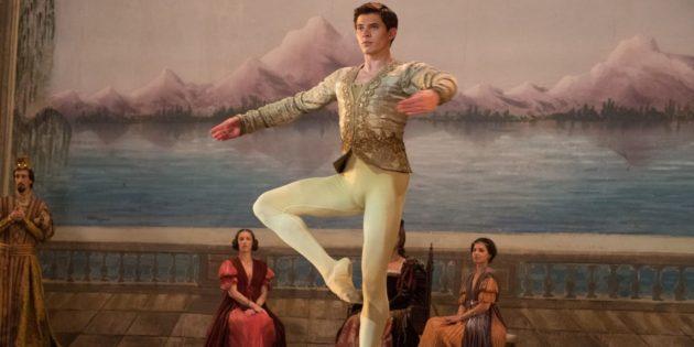 Кадр из фильма про балет «Нуреев. Белый ворон»