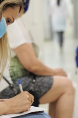 Что такое ревакцинация от коронавируса и зачем она нужна