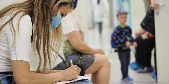 Что такое ревакцинация от коронавируса и зачем она нужна? Ответили на главные вопросы