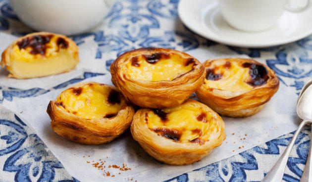 Паштейш — португальские пирожные с заварным кремом