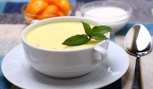 Холодный персиковый суп
