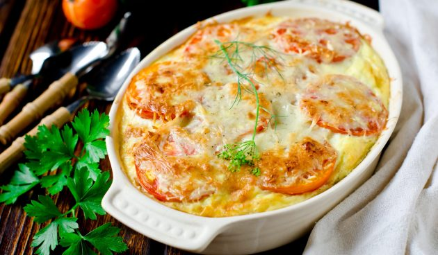 Запеканка с помидорами и сыром