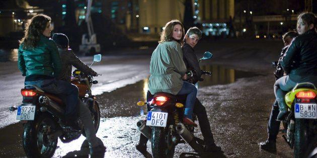 Кадр из фильма про мотоциклы «Три метра над уровнем неба»