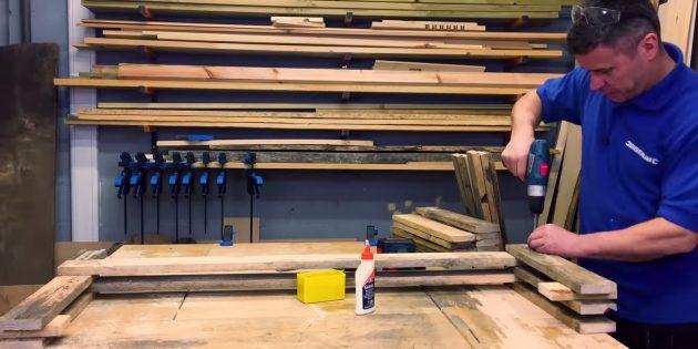 Как сделать скамейку своими руками: кладите и крепите длинную доску, потом короткие по краям
