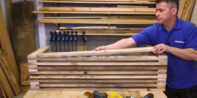Как сделать скамейку своими руками: то же самое проделайте для задней части сиденья