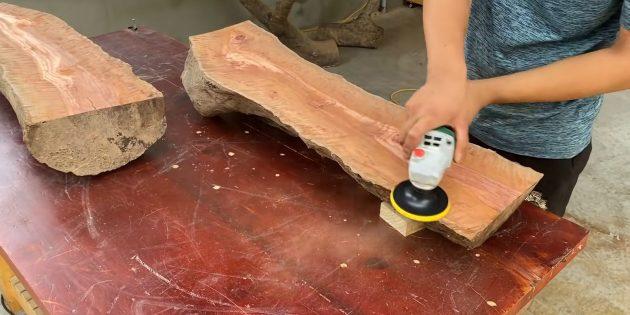 Как сделать скамейку своими руками: после рубанка пройдитесь шлифмашинкой или шкуркой