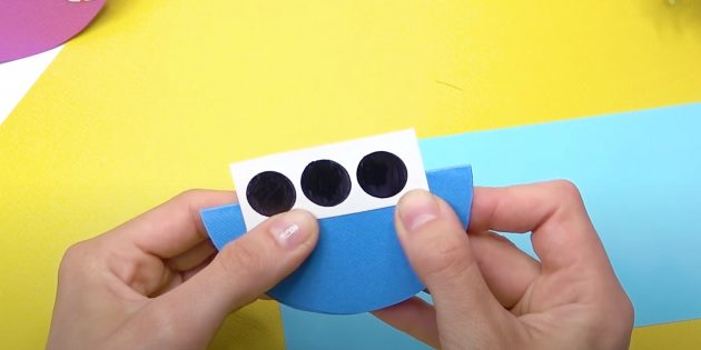 Как сделать кораблик из бумаги: смастерите иллюминаторы