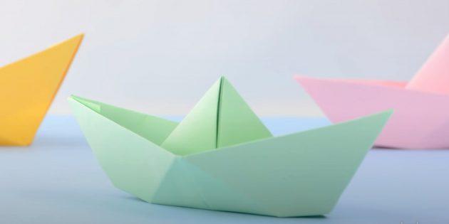 Как сделать кораблик из бумаги: классический кораблик.