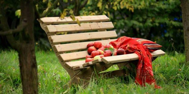 Как сделать скамейку изогнутой спинкой своими руками
