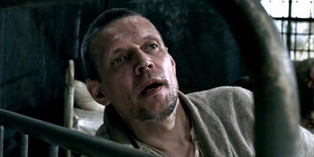 Кадр из фильма про психологов «Рагин»
