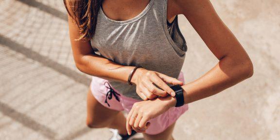 Как фитнес-трекеры и смарт-часы высчитывают показатели и можно ли им верить