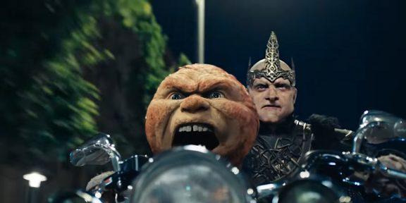 На избушке по Москве: вышел трейлер фильма «Последний богатырь: Посланник Тьмы»