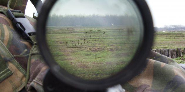 Оптический прицел ПСО-1, установленный на снайперскую винтовку Драгунова
