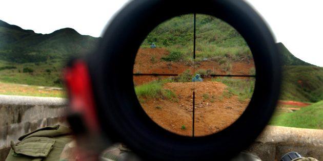 Снайперы не всегда могут прицелиться через оптику винтовки