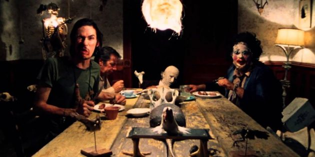 Кадр из фильма про каннибалов «Техасская резня бензопилой»