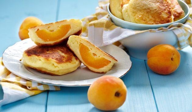 Сырники с абрикосами. Завтрак со вкусом лета