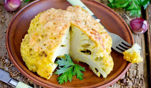 Запечённая цветная капуста с сыром