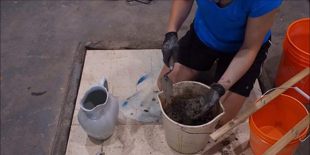 Как сделать вазон из бетона и двух вёдер своими руками: приготовьте цементно-песчаный раствор