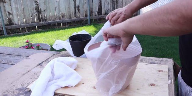 Как сделать вазон из бетона и полотенец своими руками: засуньте горшок в пакет