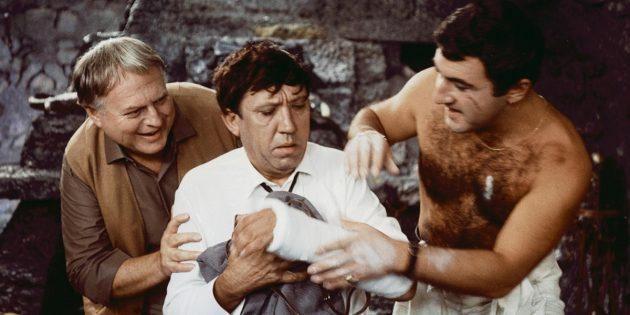 Кадр из фильма Леонида Гайдая «Бриллиантовая рука»