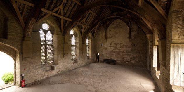 Мифы о средневековых замках: большой зал в замке Стоксей, Шропшир, Англия