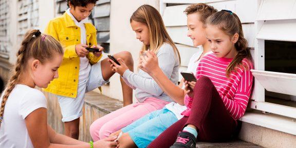 Как настроить смартфон для ребёнка