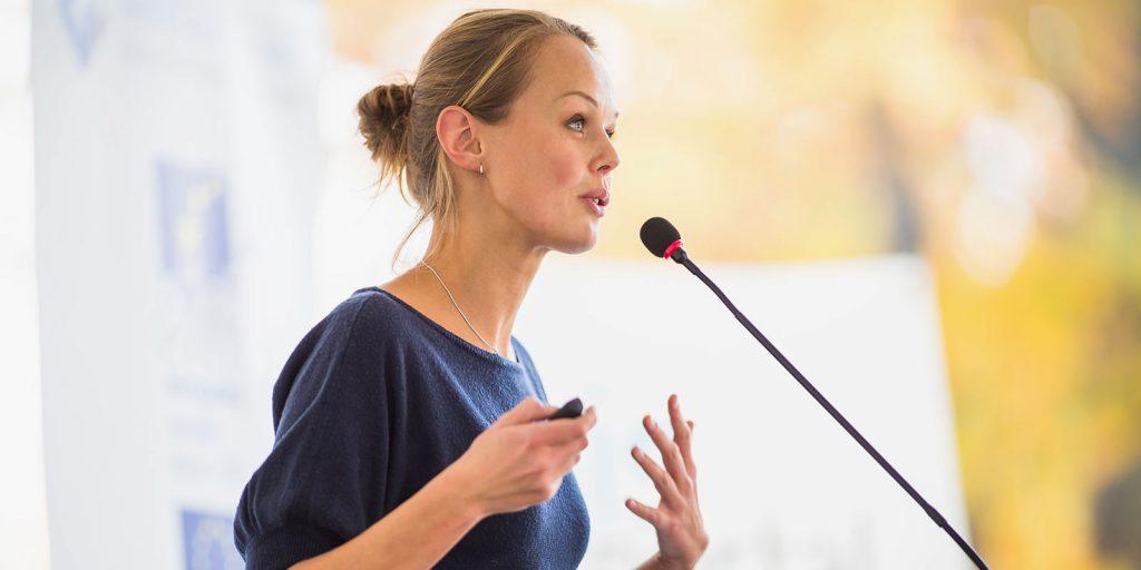 Что делать, чтобы публичное выступление прошло хорошо: заглушите голос внутреннего самозванца
