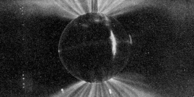 Лабораторная симуляция магнитосферы Земли