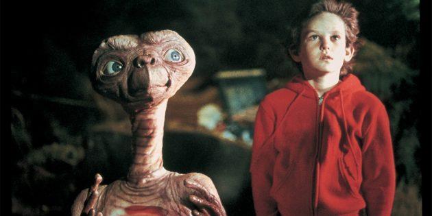 Кадр из фильма в жанре научной фантастики «Инопланетянин»