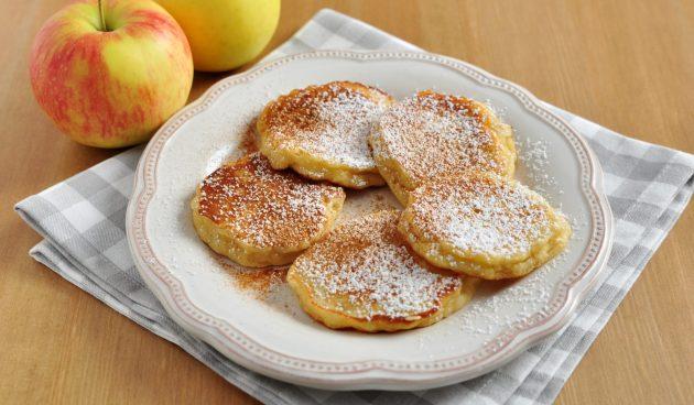 Овсяные оладьи с яблоком без муки