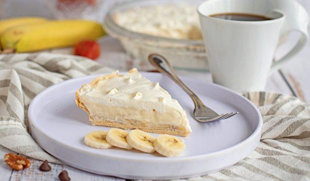 Банановый пирог с заварным кремом