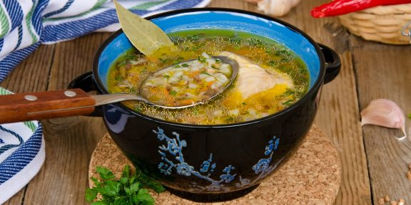 Надоело варить из гречки кашу? Попробуйте эти простые супы
