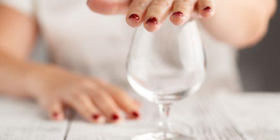8 шагов, которые помогут бросить пить