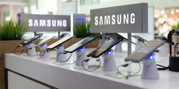 Суд запретил продажу в России 61 смартфона Samsung