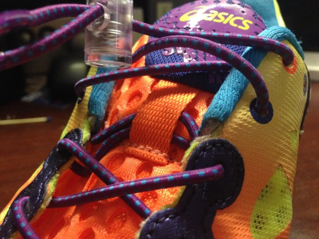 Шнурки и язычок для быстрой смены обуви