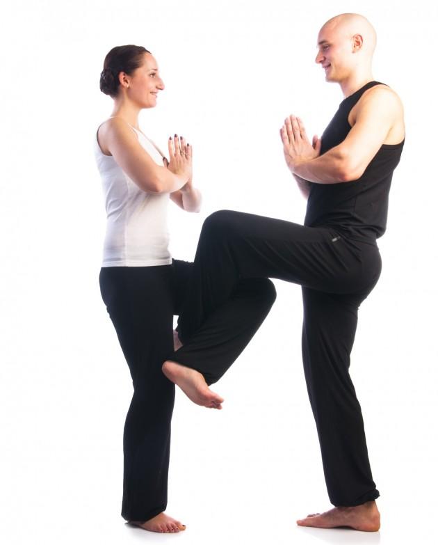 Парная йога. Поза танцующего Шивы