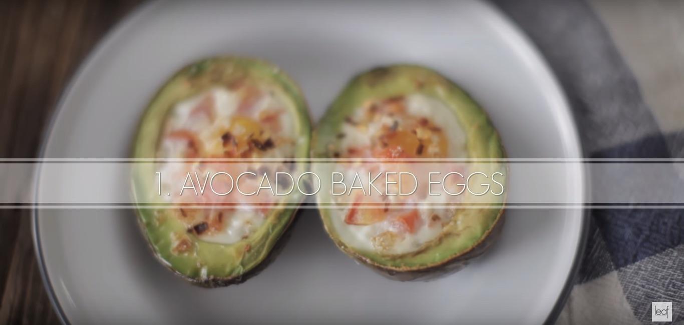 рецепт яиц, запеченных в авокадо